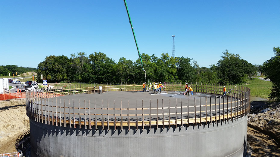 flat slab roof construction on water storage tank in Victoria, MN